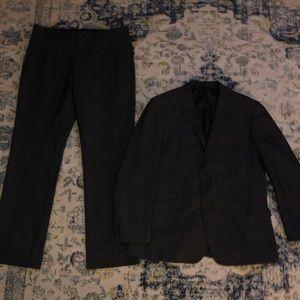 Men's suit Kenneth Cole
